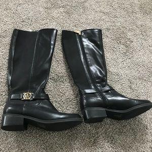 Tommy Hilfiger black designer boots size 8.5